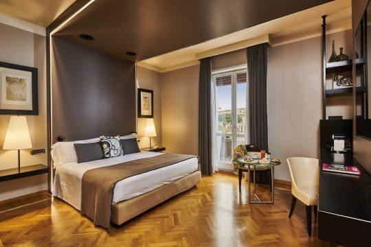 47-boutique-hotel-deluxe-con-balcone