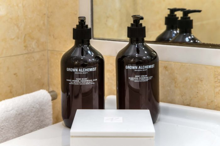 bathroom-details